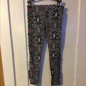 Multicolor Patterned Eye Candy Capris